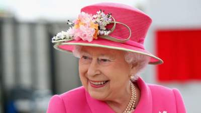 Bumper year gives Queen £6m boost