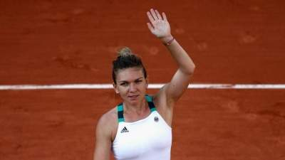 Halep beats young pretender Kasatkina in French Open roller-coaster