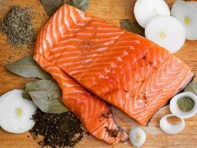 Eating Fish Twice a Week May Significantly Reduce Arthritis Pain