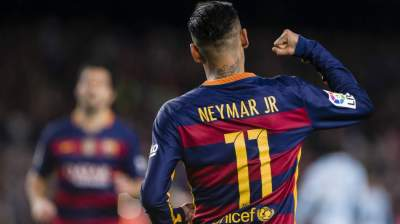 Neymar says he is 'happy' at Barcelona despite PSG transfer talk