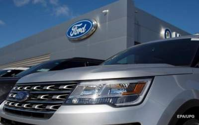 Ford recalls more than 100000 vehicles over bolt issue