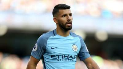 Star Argentine striker Sergio Aguero could move from Manchester city to Chelsea