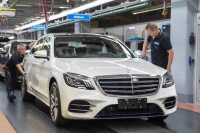 Mercedes S Class production kicks off in autonomous mode