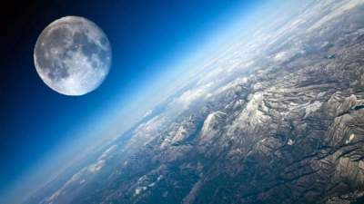 Is the Moon's mantle wet?