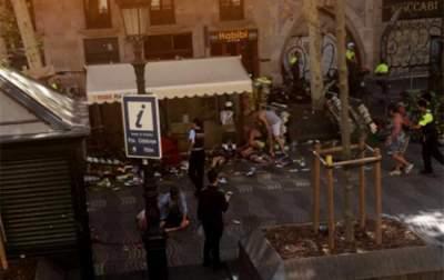 Spanish Royals Visit Victims of Barcelona Van Attack in Hospitals