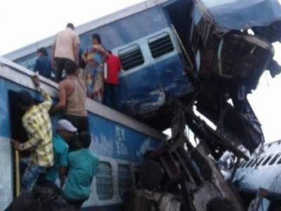 Train Derails in India, at Least 14 Killed, Dozens Injured