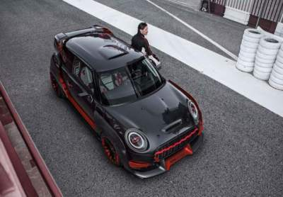 MINI Proves it Can Make Badass Track Cars