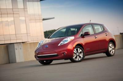 150-Mile Range Starting at Under $30k — Nissan LEAF