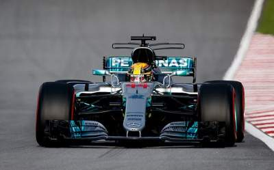 Verstappen quickest in Malaysia FP1 after rain delay