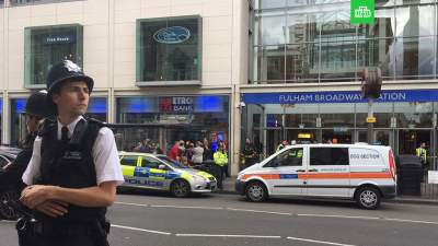 2 men questioned by United Kingdom police after panic in central London