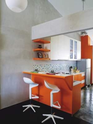 Функциональные идеи для небольшой кухни. Фото