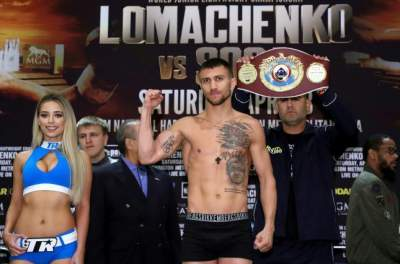 Lomachenko wins as Rigondeaux retires after sixth round