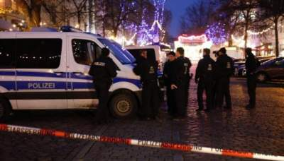 Package which prompted Christmas market evacuation 'part of extortion plot'