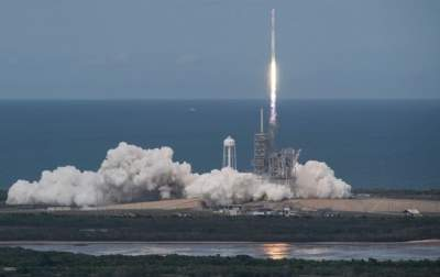 SpaceX launched a secret satellite fell into the ocean