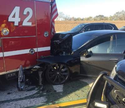 USA: Tesla Model S with the autopilot engaged was in an accident