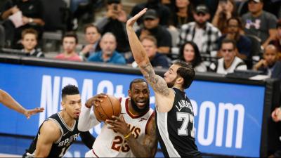Aldridge won't play against Grizzlies, Spurs say