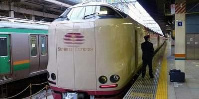 Как выглядят поезда нет в Японии. Фото