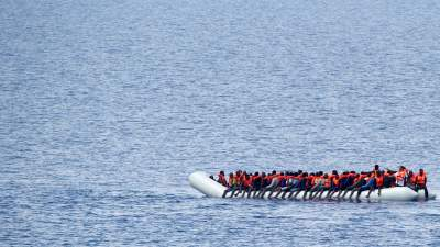 Almost 400 undocumented migrants captured in southern and eastern Turkey