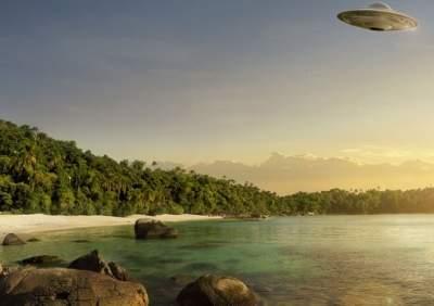 Очевидец �н�л �транный летающий объект в небе над Флоридой