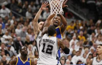 Warriors take 2-0 series lead on Spurs, Wade shockes 76ers