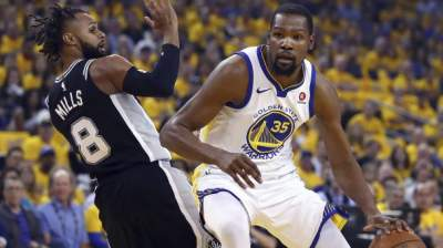 Kevin Durant, LaMarcus Aldridge go toe-to-toe in NBA Playoffs