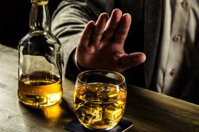 Study shows regular drinking shortens lifespan