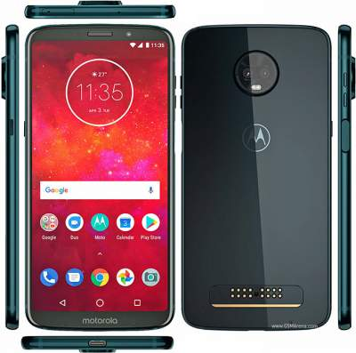 Moto Z3 Play shown off once again alongside 5G Moto Mod