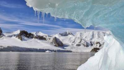 Antarctica is shedding ice at an accelerating rate
