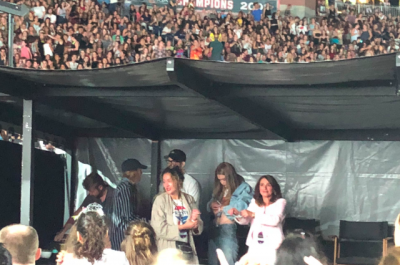 Blake Lively And Ryan Reynolds Looked At The Taylor Swift Concert Micetimes Asia