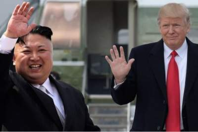 Trump signals nuclear talks with North Korea still alive