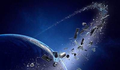 Tossed net captures space junk in orbit-cleanup experiment