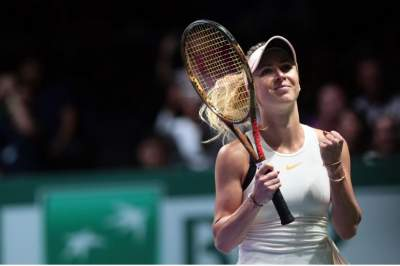 Wozniacki gets 1st win at this year's WTA Finals
