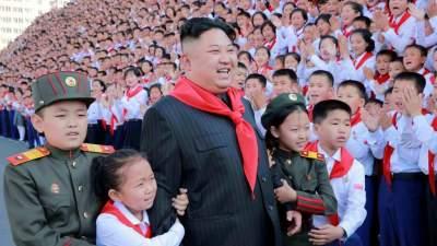 South Korea considers lifting some sanctions on North Korea