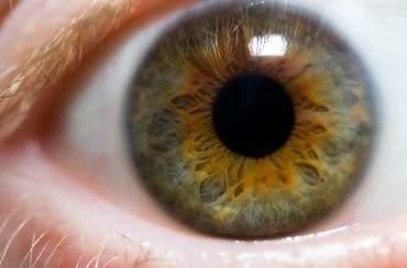 Ученые изобрели уникальное устройство для лечения глаз