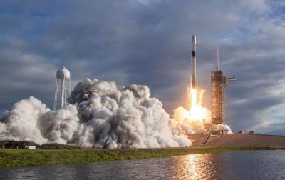 SpaceX successfully launched Falcon 9 rocket