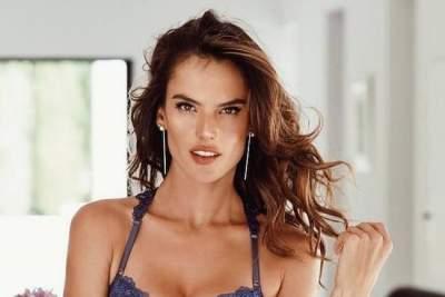 Hot girls fucked sex missionary