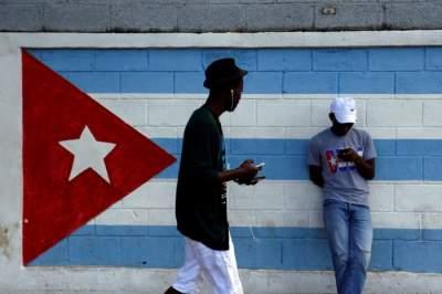 Жителям Кубы открыли доступ к интернету