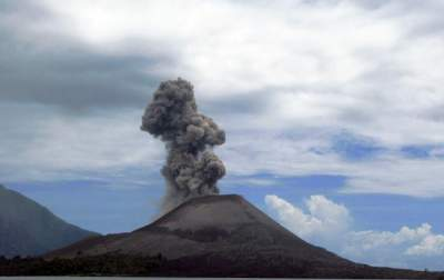Volcano three-quarters blown away by Indonesia tsunami eruption
