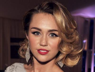 Miley Cyrus' parents celebrate her marriage to Liam Hemsworth
