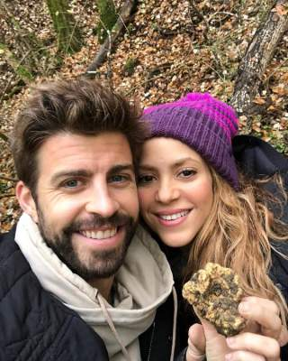 Shakira Showed A Rare Picture With Her Husband And Sons Micetimes Asia
