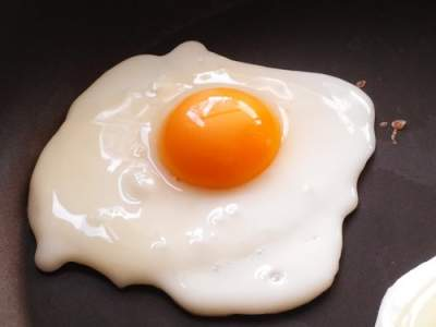 Eating eggs can lead to higher risk of cardiovascular disease