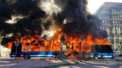 Bus explodes in centre of Stockholm, Sweden